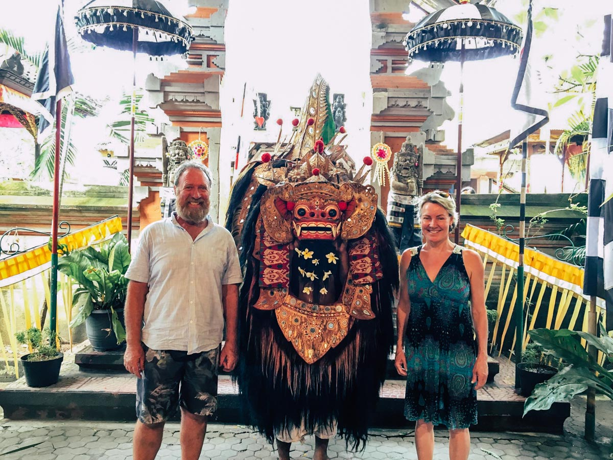 Tour ubud bali miracles for Traditionelles haus bali